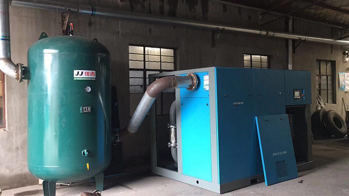 杭州某制药厂定制螺杆空压机案例